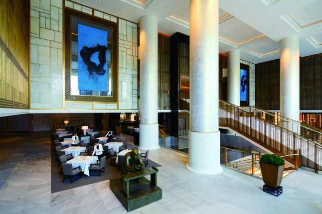 the-peninsula-beijing-the-lobby-2-1