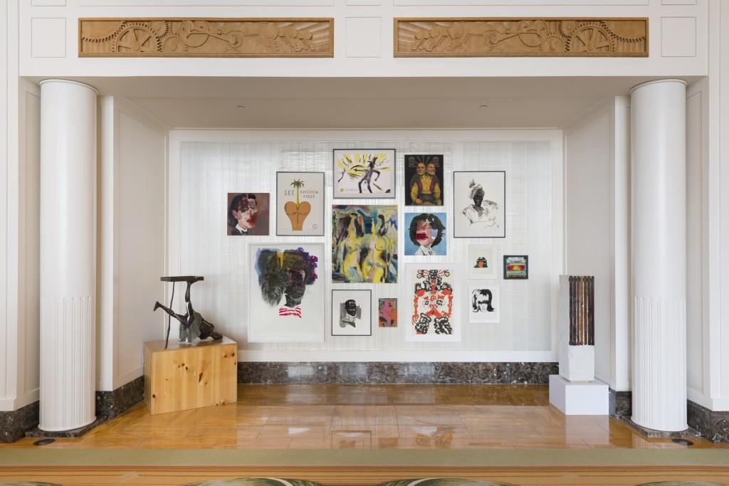 the-peninsula-chicago-whoville-exhibition-salon-wall