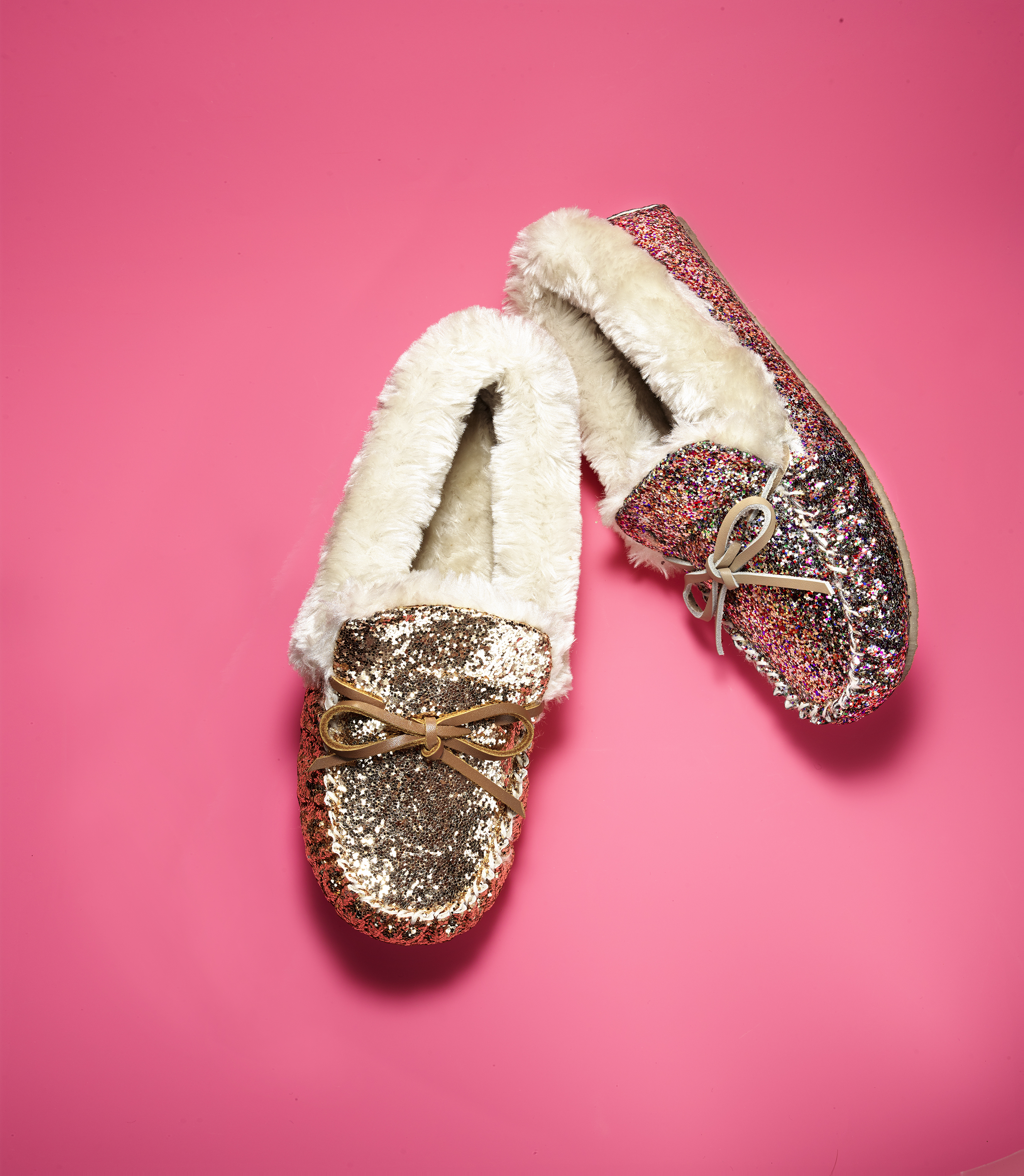 find-the-perfect-gift-for-everyone-on-your-list-this-holiday-season-at-macys-stores-and-on-macys-com-i-n-c-international-concepts-slippers-39-50-photo-business-wire