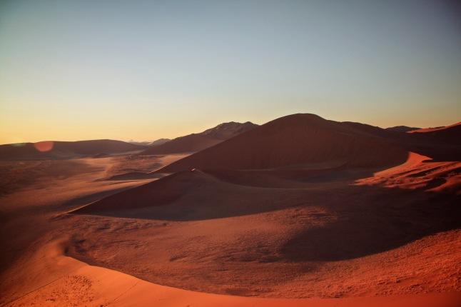 namibia-desert-sand-dunes-landscape-sunset-devon-howitt-2013-devon-howitt