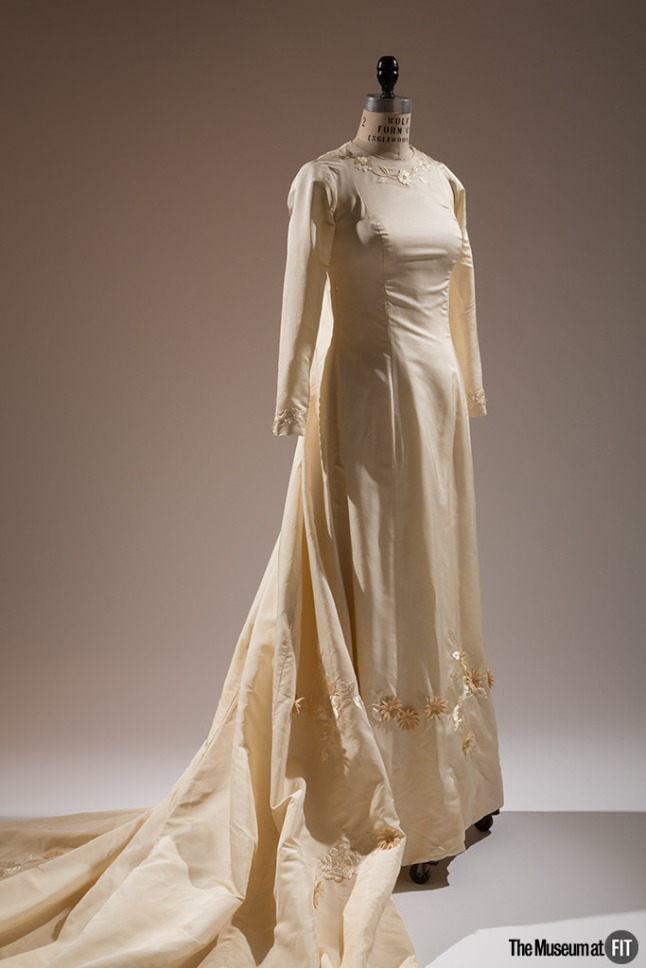 ann-lowe-wedding-dress-1968-usa-gift-of-judith-a-tabler-2009-70-2