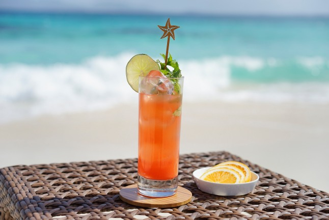 caribbean-cocktails-at-the-reef-by-cuisinart-anguilla