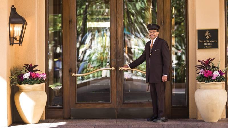 four-seasons-hotel-austin-1