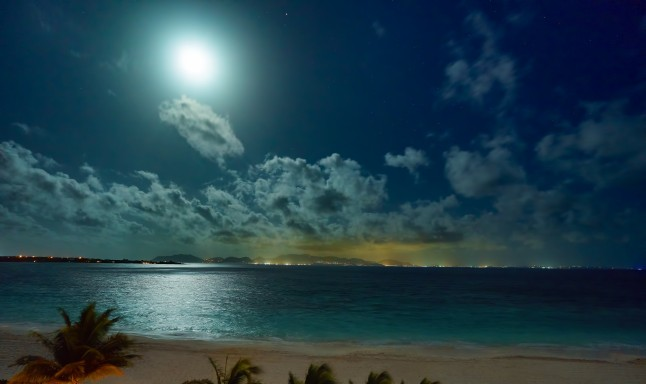 full-moon-over-anguilla