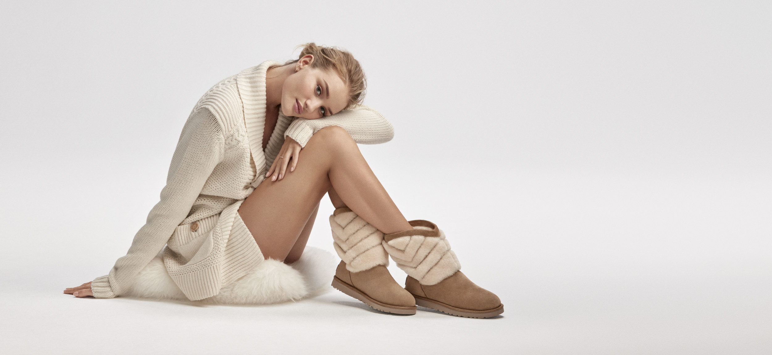 ugg-womens-winter-holiday-2016-campaign-rosie-huntington-whiteley-in-tania-chestnut-boot-and-maribeth-sweater