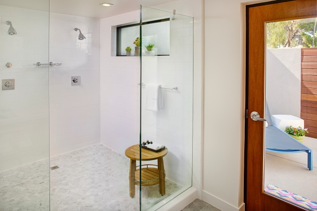 andaz-scottsdale-resort-and-spa-guestroom-shower