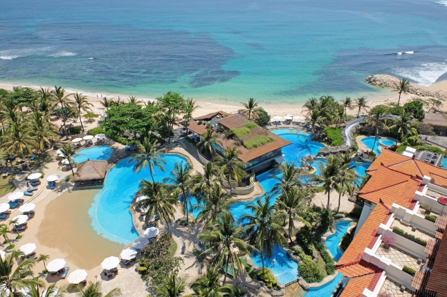 hilton-bali-resort-aerial-view-pool