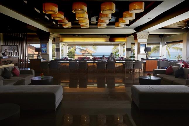hilton-bali-resort-front-lobby