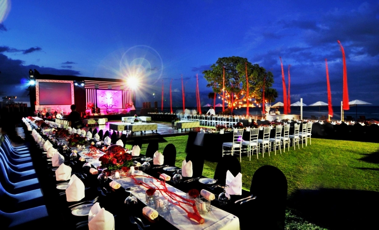 hilton-bali-resort-outdoor-banquet