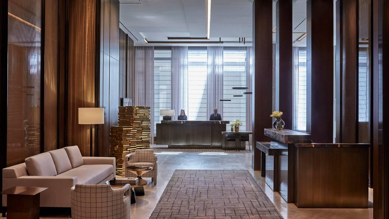 four-seasons-hotel-new-york-downtown-lobby