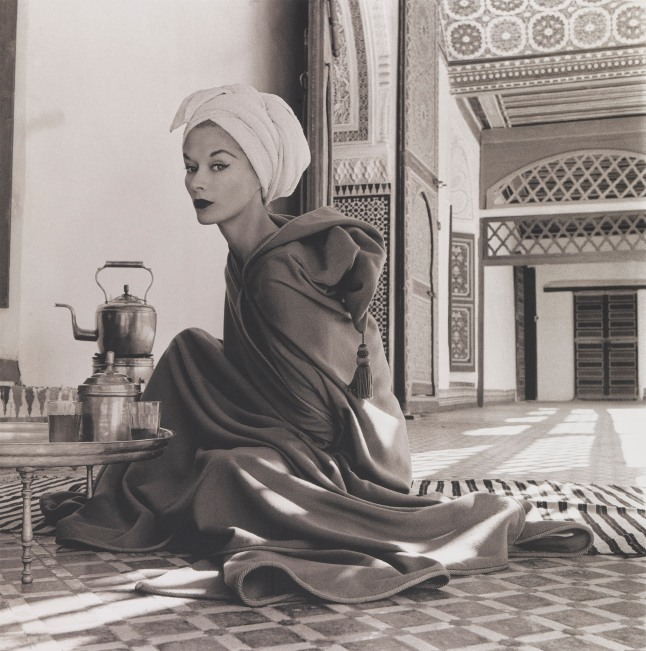 penn_woman_in_moroccan_palace