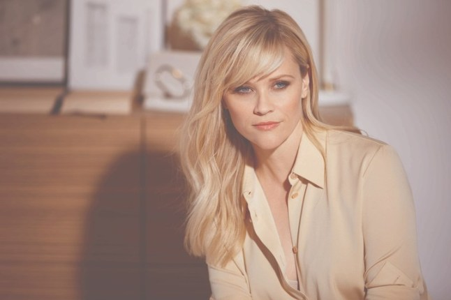 Reese Witherspoon behind the scenes at her first photo shoot with Elizabeth Arden as the brand's new Storyteller-in-Chief. 2