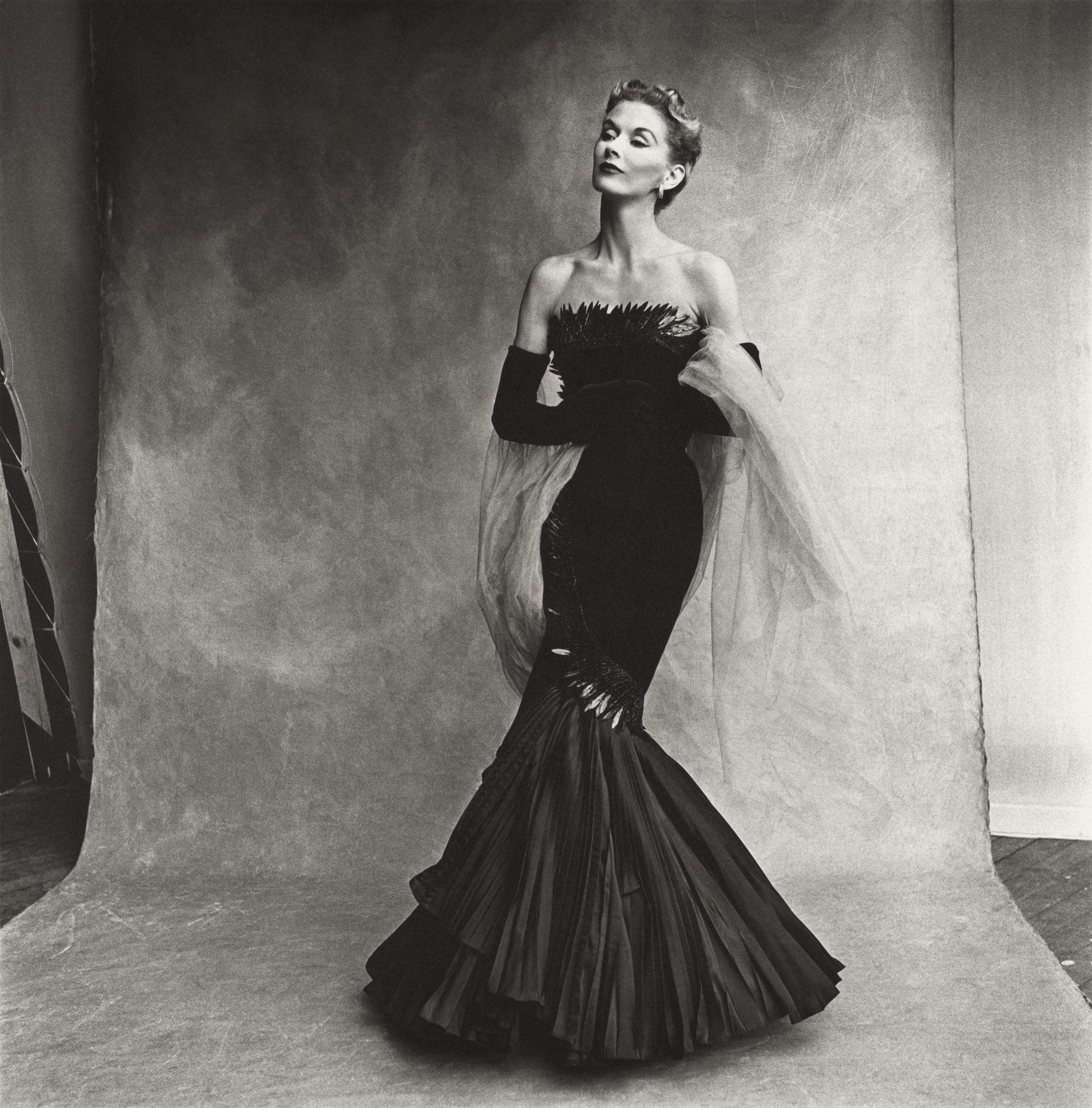 Rochas Mermaid Dress (Lisa Fonssagrives-Penn)