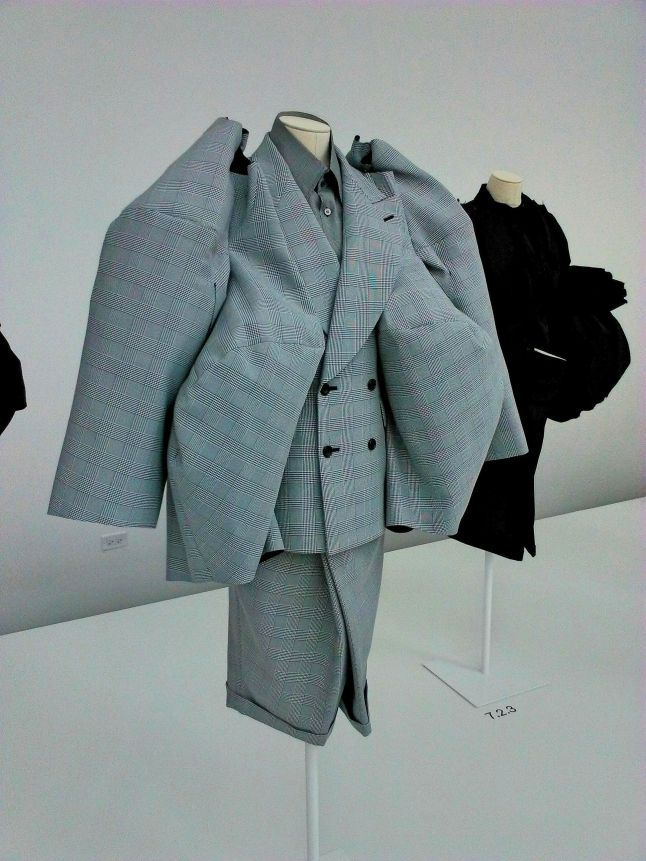 The Infinity of Tailoring, autumn-Winter 2013-14 (3)