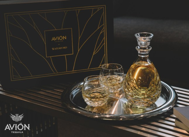 Avion Waterford Social