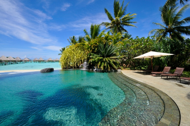 InterContinental Bora Bora Le Moana Resort's swimming pool (2)