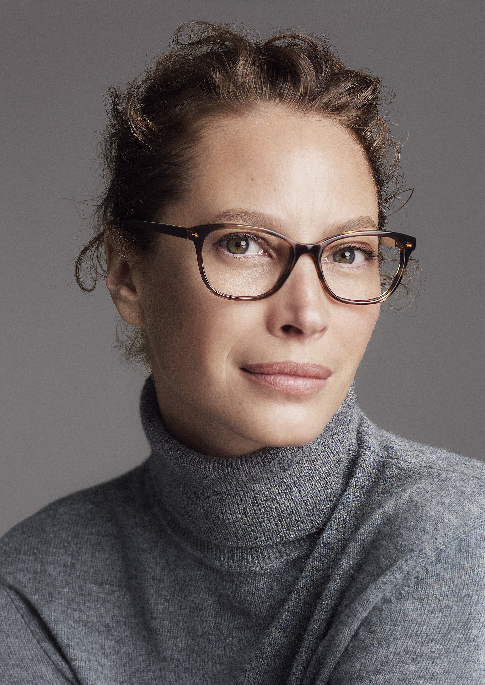 Cole Haan_Fall 2017 Extraordinary Women, Extraordinary Stories Campaign_Christy Turlington Burns in Studi++Grand Optican Frames in Brown Horn