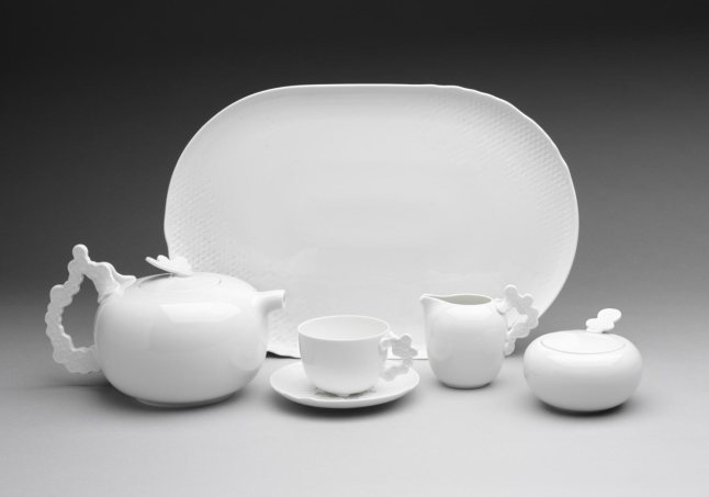 Platter from the Landscape Tea Service. Designed by Patricia Urquiola in 2008. Made by Rosenthal AG, Selb, Germany. Porcelain. Gift of Rosenthal AG, 2008
