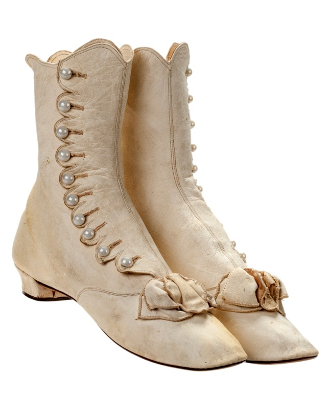 2 buttoned boots - 1870s - no 179