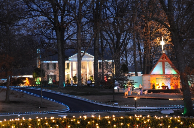 Elvis Presley's Graceland at Christmas with Elvis' original decorations. (Photo Business Wire)