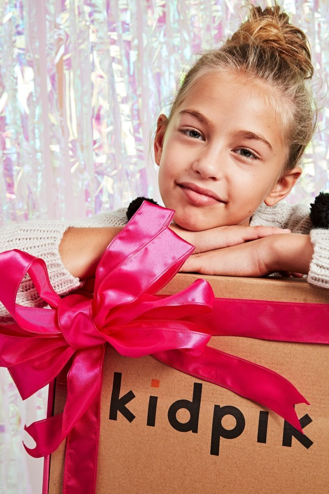 kidpik-holiday-fashion-box
