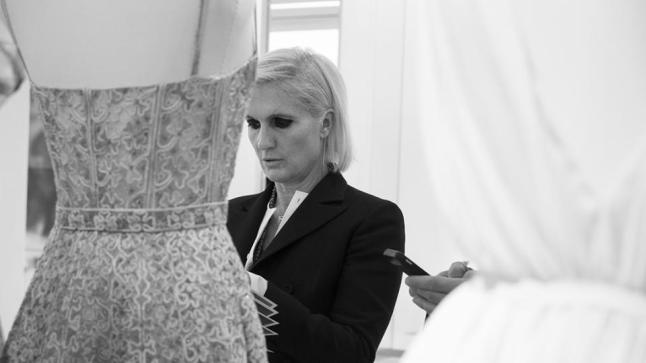Maria Grazia Chiuri during a work session for her first collection at Dior, Ready-to-Wear Spring-Summer 2017. Photo © Janette Beckman.